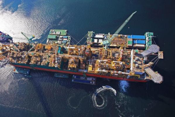 Shell's Floating LNG Facility Sets Sail From South Korea for Australia