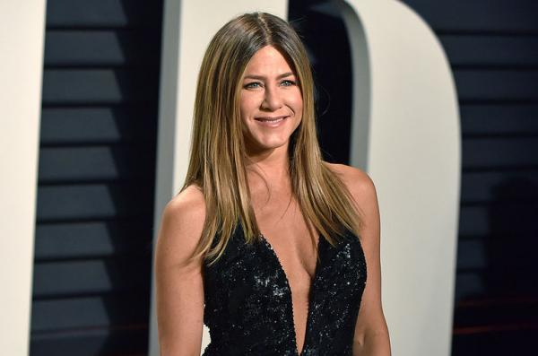 The One Where Jennifer Aniston Breathes Life Into That Friends Reunion Rumor