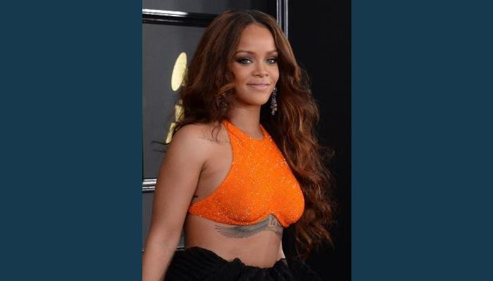 Rihanna's anger at advert wipes $800m off Snapchat shares