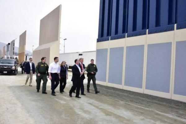 Trump visits California to inspect prototypes for Mexico border wall